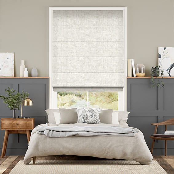 Arcus Snow Roman Blind