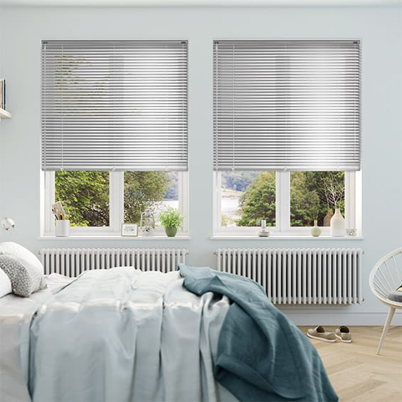 Essence Silver Shine Venetian Blind - 25mm Slat